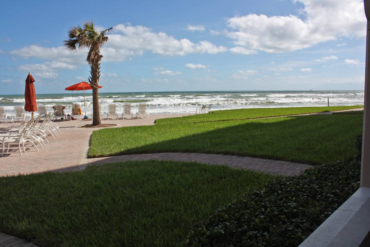 The Sandpiper Vacation Rentals in New Smyrna Beach - The